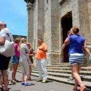 República Dominicana dotará de seguro a turistas y no hará pruebas masivas de COVID-19