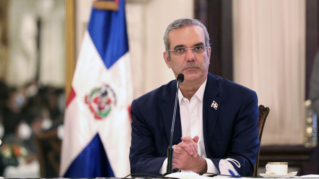 Gobierno Dominicano presenta plan para facilitar acceso a viviendas a la población